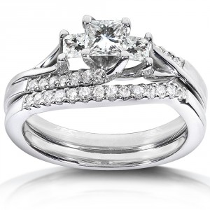 White Gold 3/4ct TDW Diamond Bridal Ring Set - Handcrafted By Name My Rings™