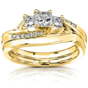 Gold 1/2ct TDW Princess Diamond Curved Three Stone Bridal Ring Set - Handcrafted By Name My Rings™