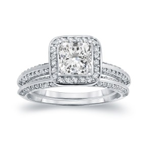 White Gold 1 1/2ct TDW Certified Princess-cut Diamond Halo Bridal Ring Set - Handcrafted By Name My Rings™