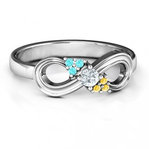 Personalised Solitaire Infinity Ring with Accents - Handcrafted By Name My Rings™