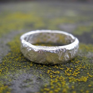 Personalised Rocky Outcrop Slim Ring - Handcrafted By Name My Rings™