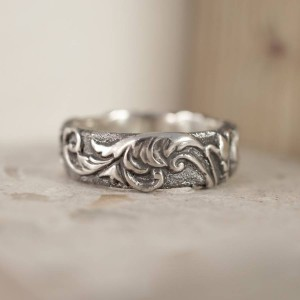 Personalised Victorian Scroll Ring - Handcrafted By Name My Rings™